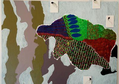 Une belle envolée,  Peinture acrylique sur toile camouflage tendue sur châssis + petits formats de toile tendue sur châssis